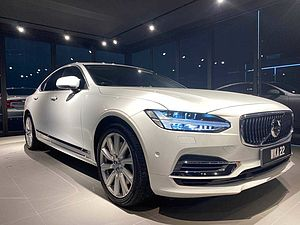 Volvo  S90 T8 Twin Engine Inscription Plus